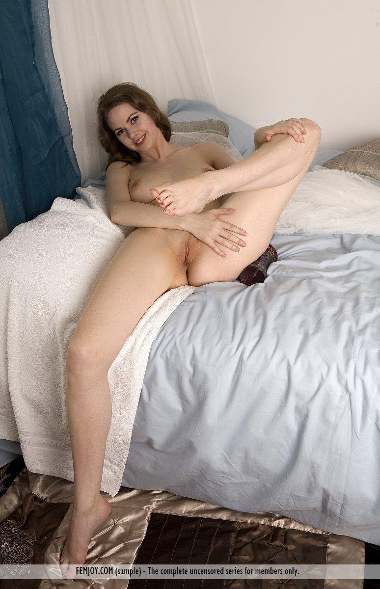 Nude pics of latino women